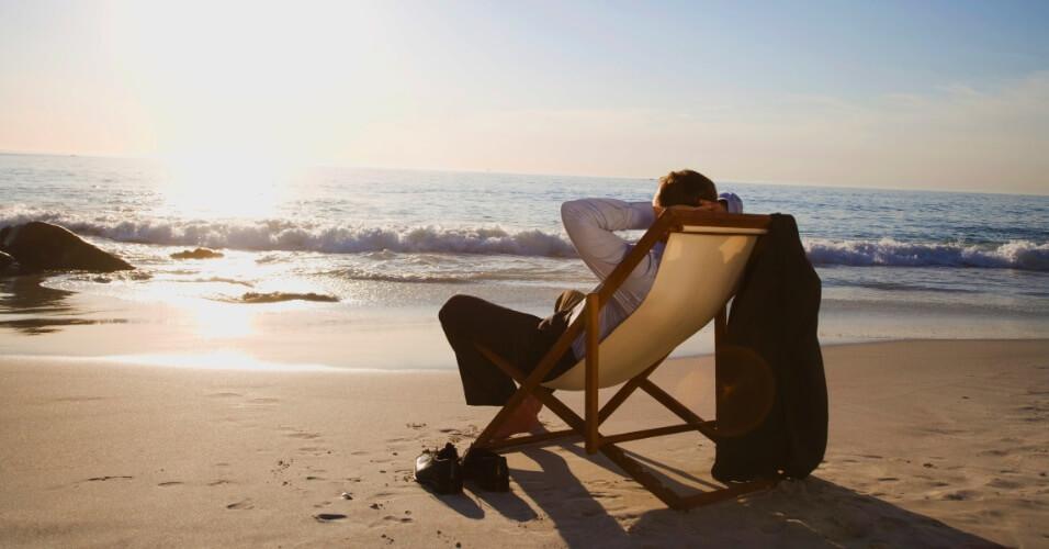 Sentado na praia